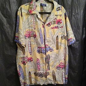 Pacific &Co Hawaiian shirt with cars/ surfboards